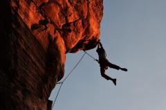 Kletterer-free-climbing-2264698_1920