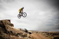 mountain-biking-95032_1920